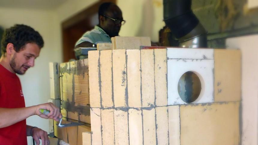 Guillaume Dejeux artisan constructeur et installateur poêle de masse